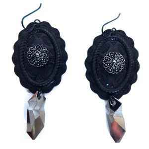 PONDEROSA TRUE GRIT CONCHO EARRINGS
